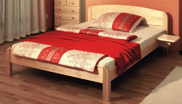 Dřevěná postel Berghen