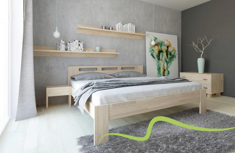 Dřevěná postel Nela